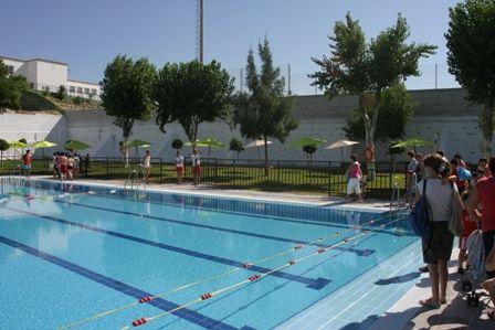 Cursos de nataci n nado libre y nataci n de mantenimiento for Mantenimiento de la piscina